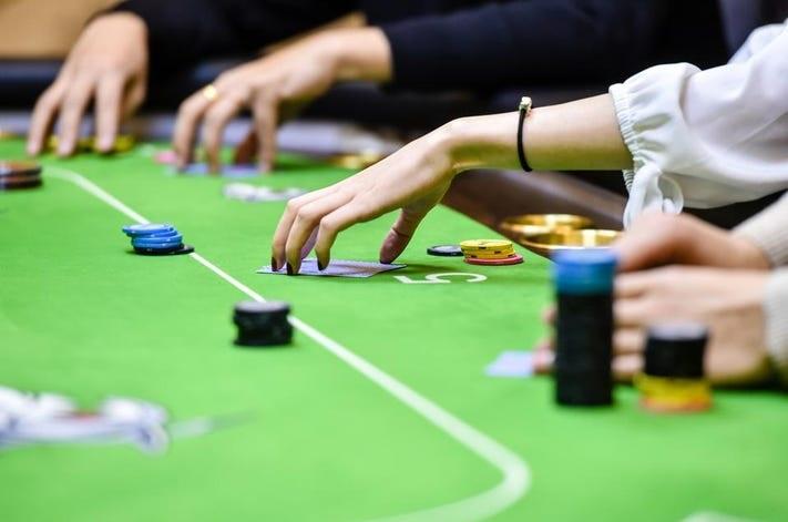 Telltale Poker Informs to consider
